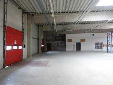 Gewerbehalle mit Büroräumen in Itzehoe-Nord
