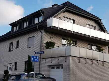 Gepflegte 3 ZKDB Dachgeschosswohnung mit Balkon in Aachen/ Eilendorf