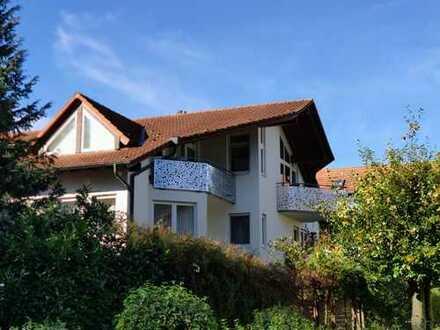 Schöne, helle 2,5 Zi. Wohnung mit Balkon in Herrenberg, S-Bahn Nähe