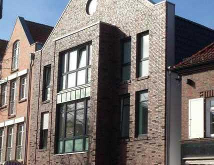 2- Zimmerwohnung in erstklassiger Lage mitten am Pulsschlag der Kreisstadt