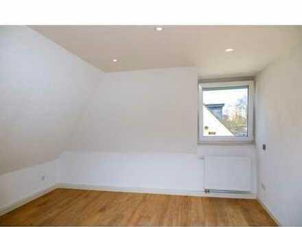 Schöne zwei Zimmer Wohnung im Maisonette-Stil