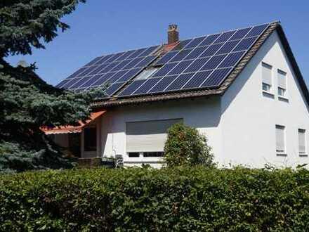 Freistehendes 2-Fam-Haus mit Einliegerwohnung in Umkirch bei Freiburg