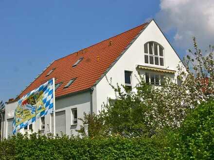 Schöne 3,5 Zimmer DG-Wohnung in München-Untermenzing