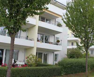 Gut geschnittene moderne 3-Zimmer-Wohnung mit kleinem Gartenanteil im EG eines gepflegten MFH