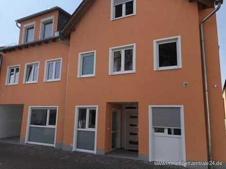 """Dachgeschoss rechts - Erstbezug: 4-5 Familienhaus """"Ober-Roden"""""""