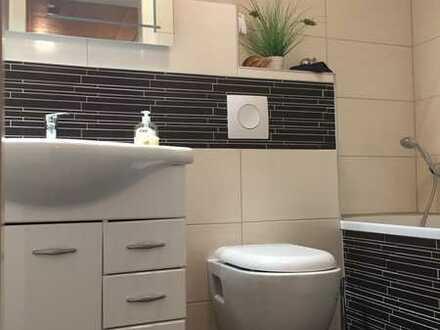 4 Zimmer-DG in ruhiger Seitenstraße in Rheydt mit modernisiertem Badezimmer