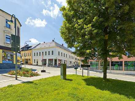 Wohn- und Geschäftshaus im Zentrum von Falkenstein