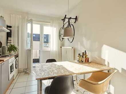 Charmante Einzimmerwohnung mit geräumiger Küche und Balkon