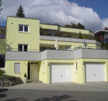 Gepflegte 4,5-Zimmer-Terrassenwohnung mit Terrasse und EBK in Biberach (Kreis)
