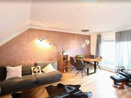 Mitten im Herzen von Frankfurt: schöne, helle, gepflegte Maisonette Wohnung mit Balkon