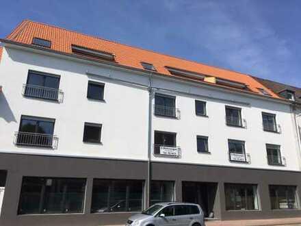 Erstbezug: geräumige 2-Zimmer-Wohnung mit Loggia zentral in Lehrte KFW70