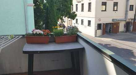 4 Zimmerwohnung mit Balkon renoviert - sofort frei