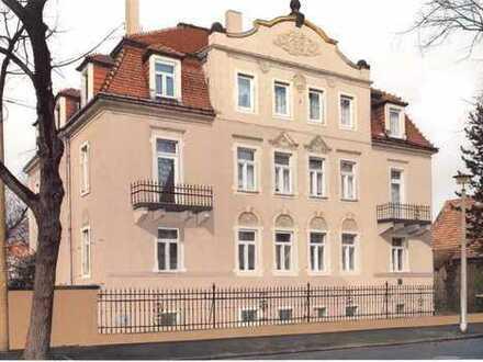Perfekte 3-Raumwohnung mit 2 Balkonen im saniertem Altbau