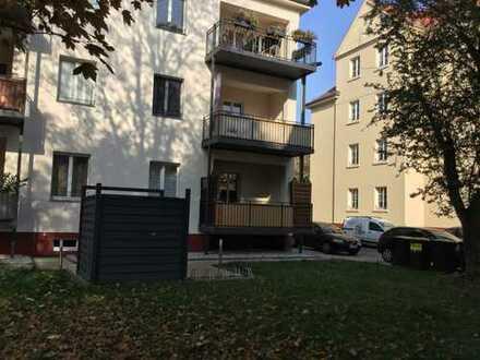 Tolle 2-Raumwohnung mit Balkon, Parkett und Fußbodenheizung!