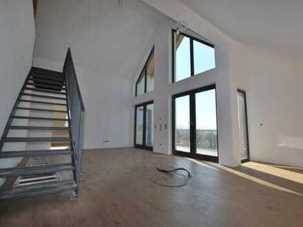 Erstbezug: Ansprechende Penthouse-Wohnung mit Galerie
