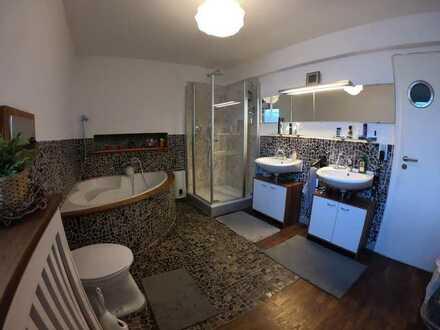 ca 15 qm Zimmer in netter WG mit riesen Terrasse