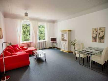 Möbliert! Großzügige 2-Zimmerwohnung in parkähnlicher Umgebung (befristet 6 Monate)