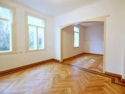 ruhige, große, stadtnahe 4,5-Zimmer Altbauwohnung: Am Schwänchenteich