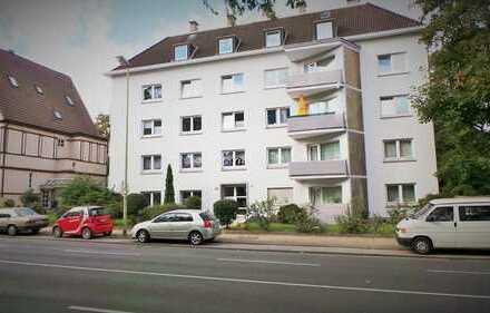 Gemütliche Dachgeschosswohnung mit gemeinschaftlicher Gartennutzung in zentraler Lage