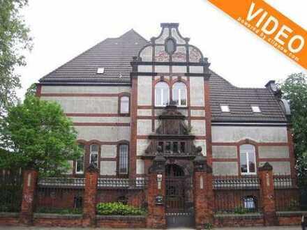 **RESERVIERT** Historische Villa zur vielseitigen Nutzung - Privat oder Gewerblich