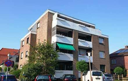 Century21: Zentral gelegene 2 Zimmer Wohnung mit Balkon und Einbauküche