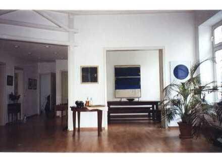 Das gibt's nur einmal:exkl. Wohnerlebnis wie im Einfamilienhaus mitten im Westend auch als Wohnbüro