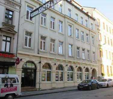 Bar in der Riemannstraße ! / fast auf der Karl-Liebknecht-Str. - mit Freisitz !