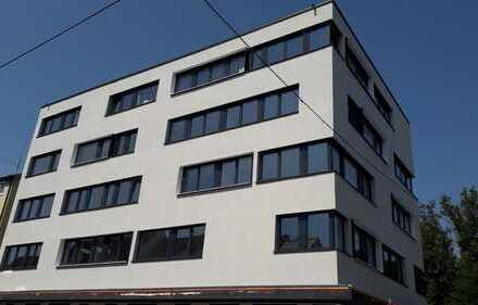 Erstbezug 5 Zimmer Wohnungen neu saniert auch WG geeignet für Studenten bzw. Berufspendler