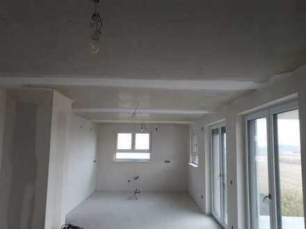***helle Neubauwohnung mit unverbautem Blick zu vermieten***