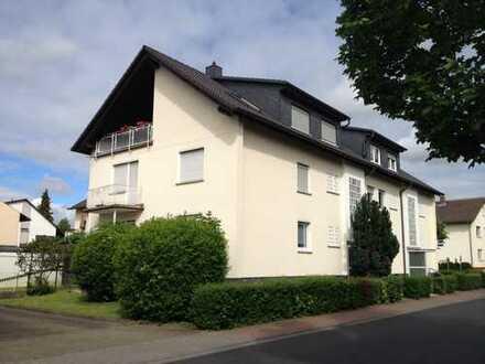Kernsaniert: Helle 3-Zimmer-Wohnung in kleiner Wohneinheit in Bruchköbel-Stadt