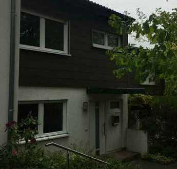 Schönes Reihenmittelhaus mit fünf Zimmern in Gaiberg bei Heidelberg