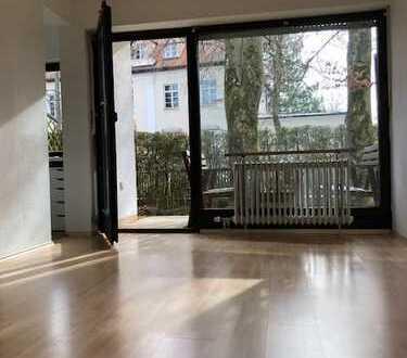 Schönes 1-Zimmer Appartment, ruhig gelegen, Fußnähe zur S-Bahn