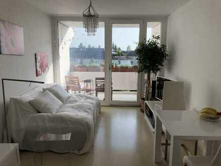 ***Apartment mit Swimmingpool und Dachterasse *** Bestlage Münchner Freiheit