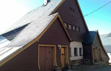 teilsaniertes Wohnhaus // Ferienwohnunegn // Appartments