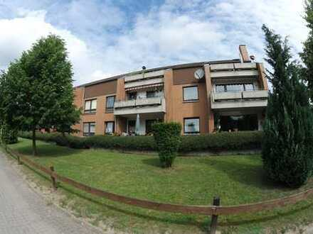 wohnen im Grünen, 3-Raum-Wohnung im EG mit großem Balkon