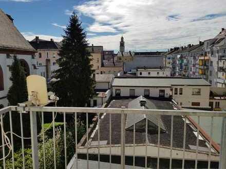 MA - Schwetzingerstadt - Traumlage - Zwei Zimmer Küche Bad Balkon WG-tauglich