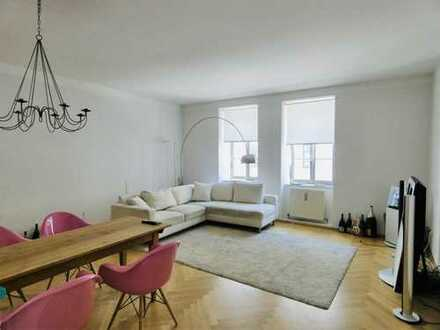 Traumhafte 2,5 Zimmer Altbau Wohnung am beliebten Gärtnerplatz nahe Viktualienmarkt - voll möbliert