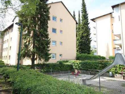 Schöne 3 Zimmer ETW mit 74 m² Wohnfläche, Loggia und EBK in Erding- Zentrumnähe