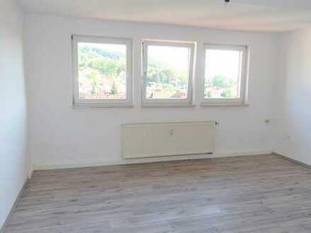 Schöne helle zwei Zimmer Wohnung in Meiningen mit Wohnküche