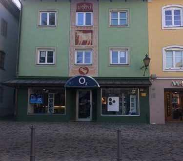 Neu renovierte 3-Zimmer-Wohnung am Marienplatz