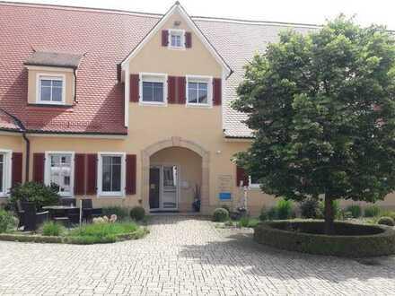 Neuwertige 1-Zimmer-Wohnung mit Einbauküche in Ansbach