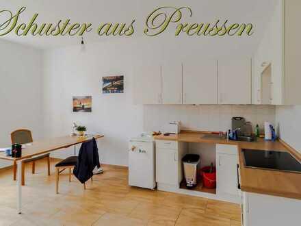 Bild_Schuster aus Preussen - Alt Karow 2 Zimmerwohnung mit Stellplatz, großer Wohnküche, Bad mit Badew...