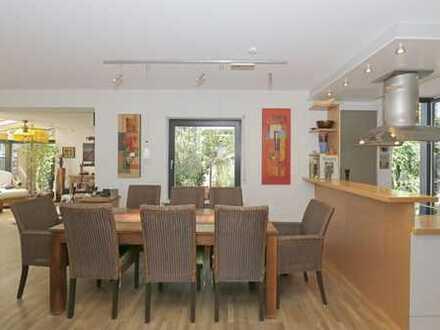 Großzügige Doppelhaushälfte in ruhiger Wohnlage Gröbenzell
