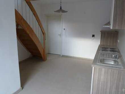 Maisonette-Wohnung im 1. OG/DG mit Küchenzeile