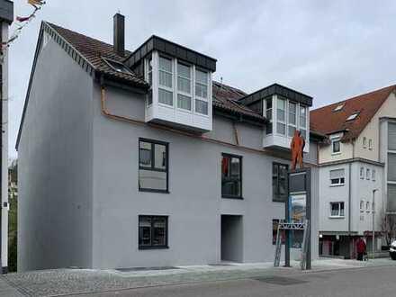 Erstbezug mit Einbauküche: exklusive 2-Zimmer-Wohnung in Wernau (Neckar)