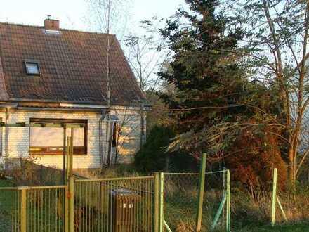 Provisionsfrei für den Erwerber! Doppelhaushälfte in Ducherow