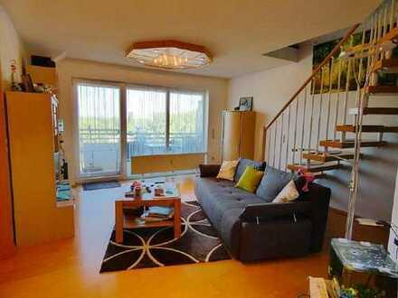 MIT 360° RUNDGANG! Gemütliche 4-Zimmer-Maisonette-Wohnung mit Stellplatz und Garage in Durmersheim!