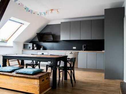 4 Zimmer Wohnung in Jugendstilhaus mit Dachterrasse