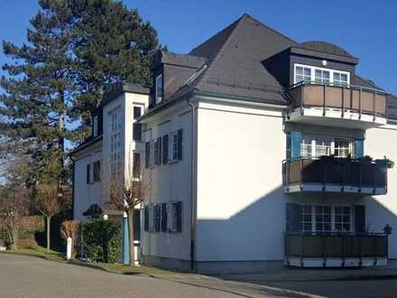 Kapitalanlage oder zum Eigennutz - schöne, helle 2-Zimmer Dachgeschosswohnung in Dresden-Laubegast