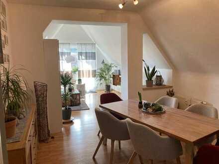 Gepflegte Wohnung mit dreieinhalb Zimmern und Balkon in Dorsten-Rhade